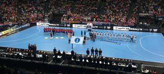 Smiles, professionalism and positive influences for handball