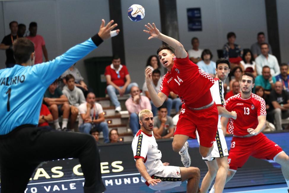 MVP: Ivan Martinovic (CRO)