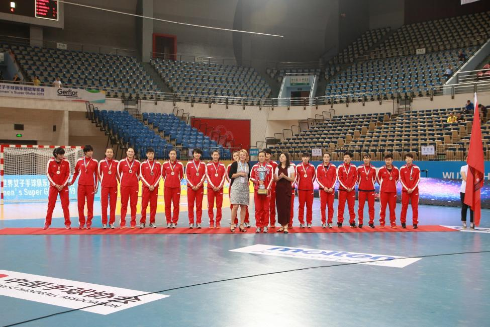 Silver medallists Chinese National Club