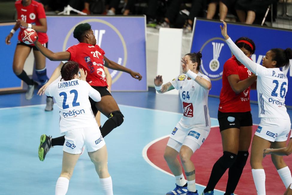 Angola vs France