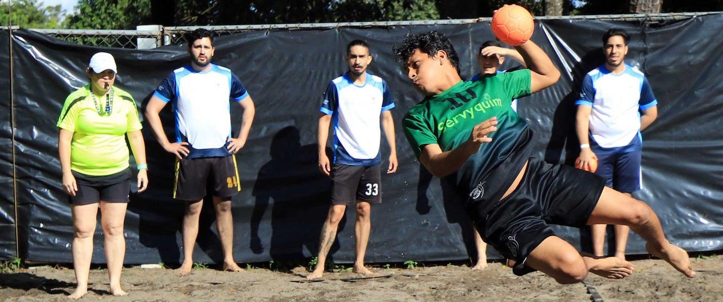 El Salvador return to handball activities